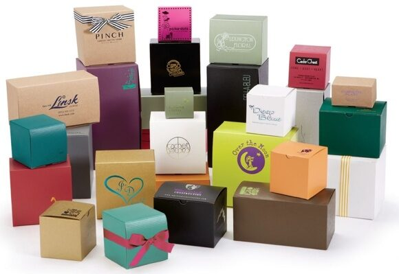 gloss-and-matte-gift-boxes-white-interior-a24